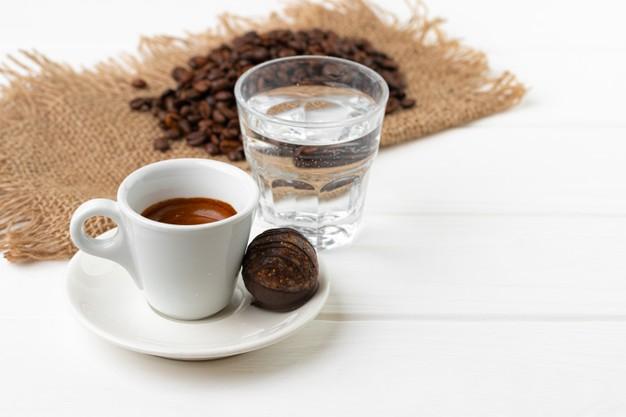 Espresso z wodą