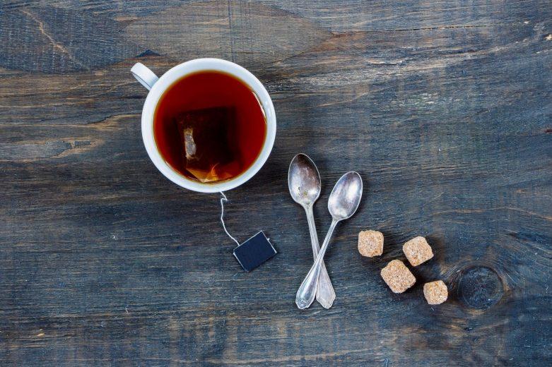 kofeina w herbacie